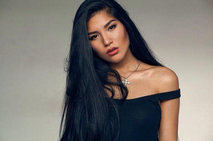 Карина азиаточка