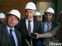 Андрей Травников контролирует выполнение графика реконструкции перинатального центра